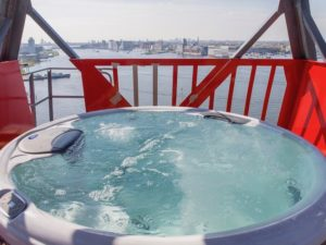 Faralda crane - hottub hotel accommodation holland netherlands dmc dutchman