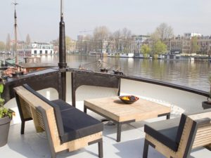 Houseboat - outside deck holland netherlands waterboats vacation travelagent dmc dutchman accommodation