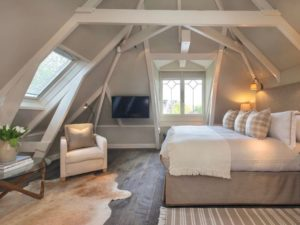 Canalhouse 58 - master bedroom holland netherlands amsterdam hotel accommodation travelagent dmc dutchman