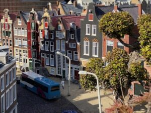 The Dutchman Your personal Travel concierge Travel agent To visit Amsterdam Madurodam Canal houses IMG_7526D
