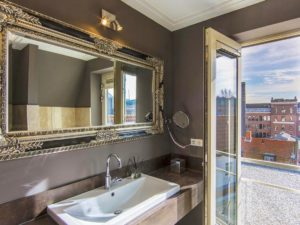 luxury suites hotel accommodation amsterdam holland bathroom