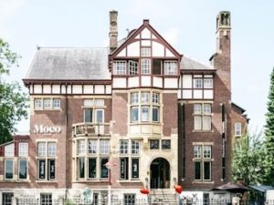 to visit - Moco museum amsterdam - building