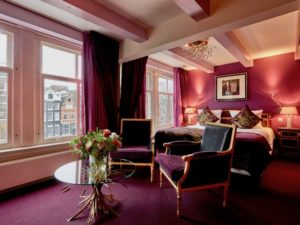 Ambassade-Hotel-Canalside-Superior-Deluxe-2a-1030x772